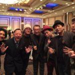 【画像】こち亀40周年パーティーに参加した漫画家の集合写真wwwwwwww