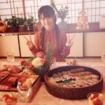 【画像】声優の小倉唯さんと洲崎綾さんのおせち料理の格差が酷いと話題にwwwwwwwww