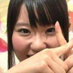 【画像】声優の東山奈央さん、自身の等身大パネルと並ぶも鼻の修正がバレてしまう痛恨のミスwwwwwwwwww